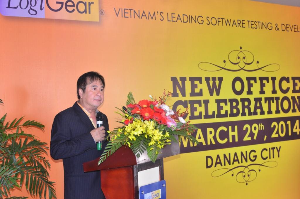 Mr. Hung Q. Nguyen công bố khai trương văn phòng LogiGear tại Đà Nẵng