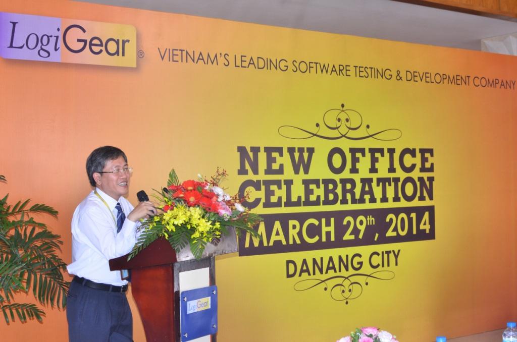 Mr. Nguyen Quang Thanh _ PGD Sở TT & TT Tp. Đà Nẵng phát biểu